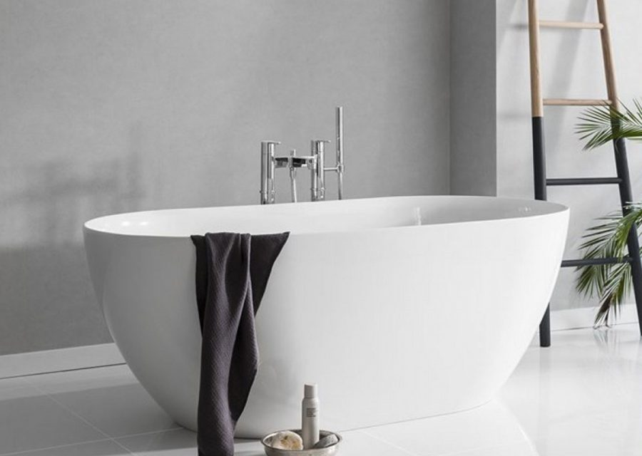 Clearwater Freestanding Bath